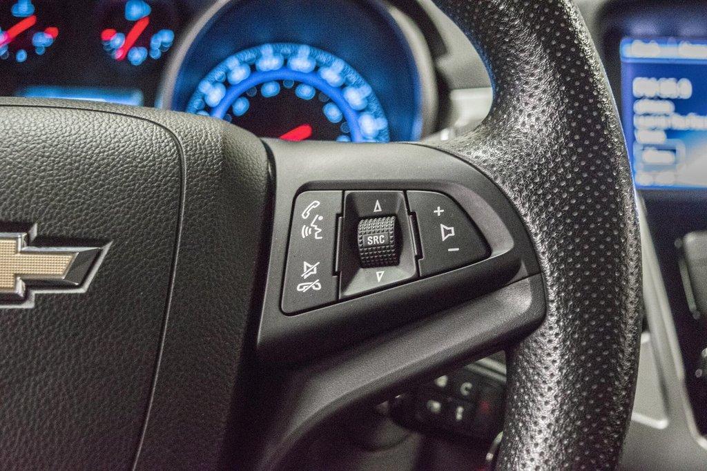 2015 Chevrolet Cruze LT  **GROUPE ELECTRIQUE ** CAMERA ** in Dollard-des-Ormeaux, Quebec - 12 - w1024h768px