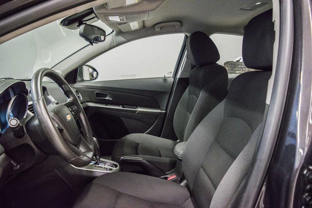 2015 Chevrolet Cruze LT  **GROUPE ELECTRIQUE ** CAMERA ** in Dollard-des-Ormeaux, Quebec - 22 - w1024h768px