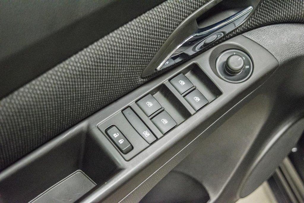 2015 Chevrolet Cruze LT  **GROUPE ELECTRIQUE ** CAMERA ** in Dollard-des-Ormeaux, Quebec - 25 - w1024h768px