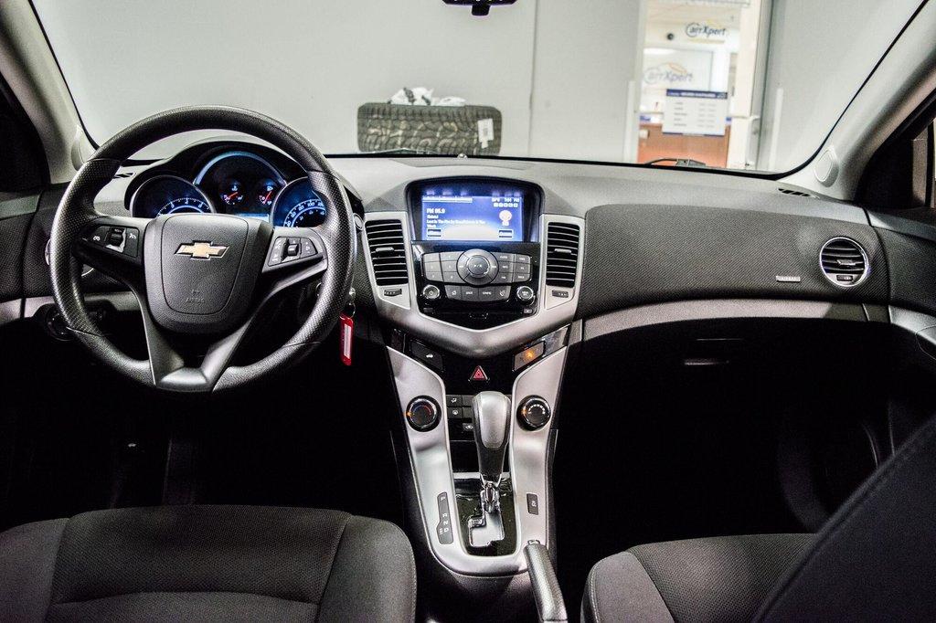 2015 Chevrolet Cruze LT  **GROUPE ELECTRIQUE ** CAMERA ** in Dollard-des-Ormeaux, Quebec - 21 - w1024h768px