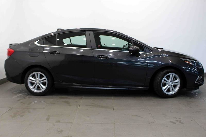 2016 Chevrolet Cruze LT - 6AT in Regina, Saskatchewan - 21 - w1024h768px