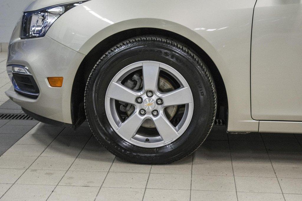 2016 Chevrolet Cruze 2LT ** CUIR ** TOIT ** CAMERA ** in Dollard-des-Ormeaux, Quebec - 39 - w1024h768px