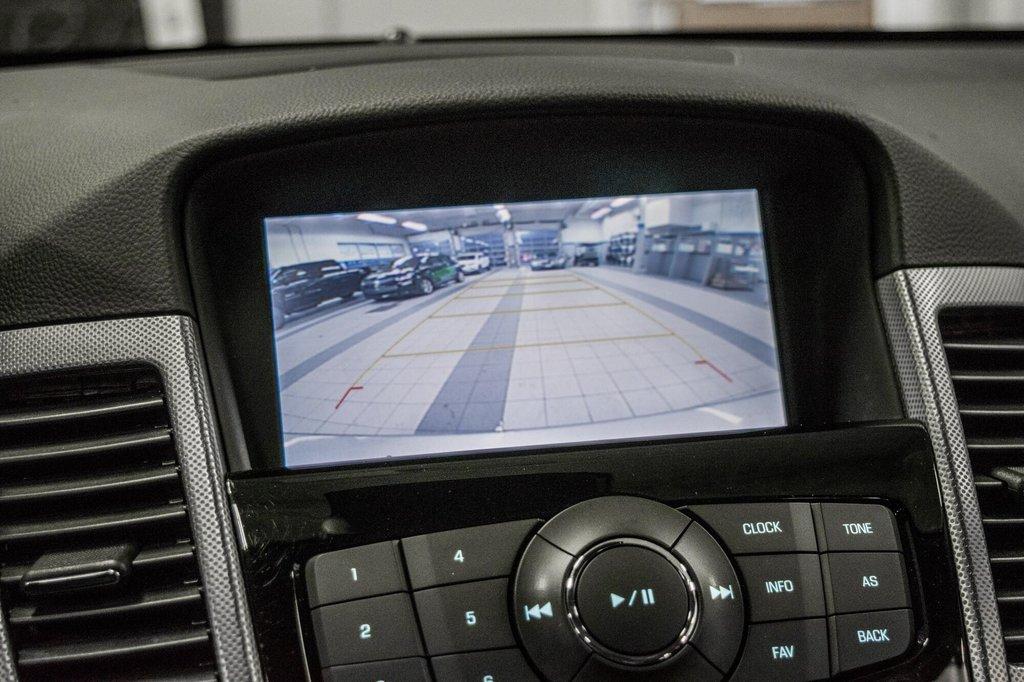 2016 Chevrolet Cruze 2LT ** CUIR ** TOIT ** CAMERA ** in Dollard-des-Ormeaux, Quebec - 23 - w1024h768px