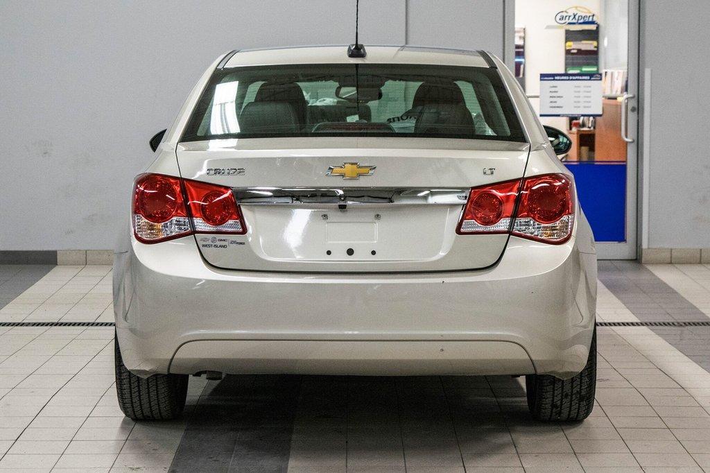 2016 Chevrolet Cruze 2LT ** CUIR ** TOIT ** CAMERA ** in Dollard-des-Ormeaux, Quebec - 8 - w1024h768px