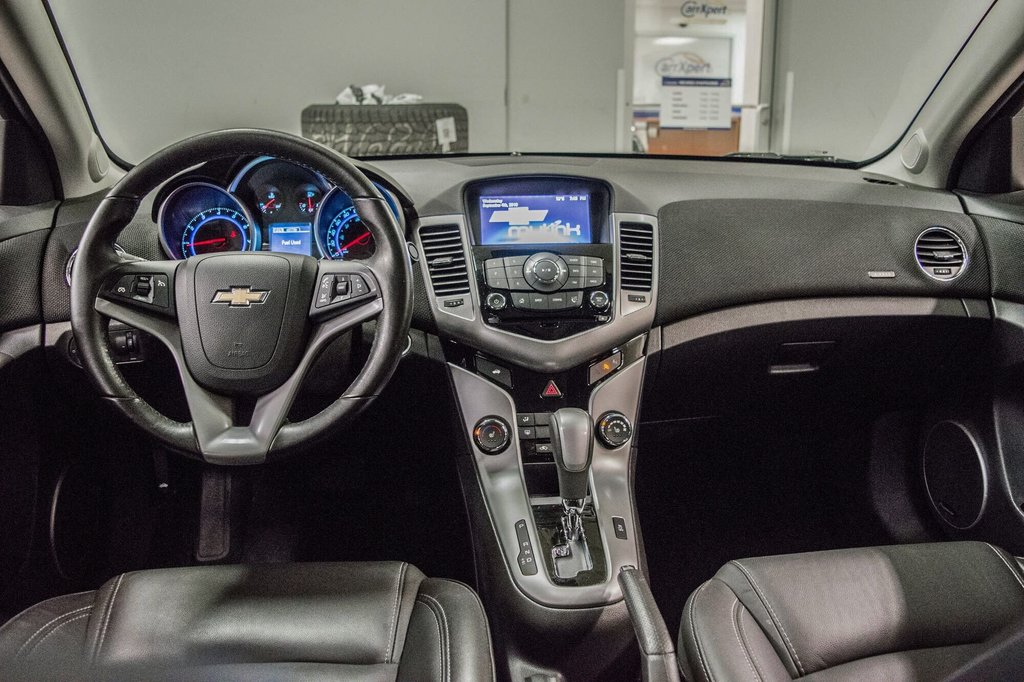 2016 Chevrolet Cruze 2LT ** CUIR ** TOIT ** CAMERA ** in Dollard-des-Ormeaux, Quebec - 25 - w1024h768px