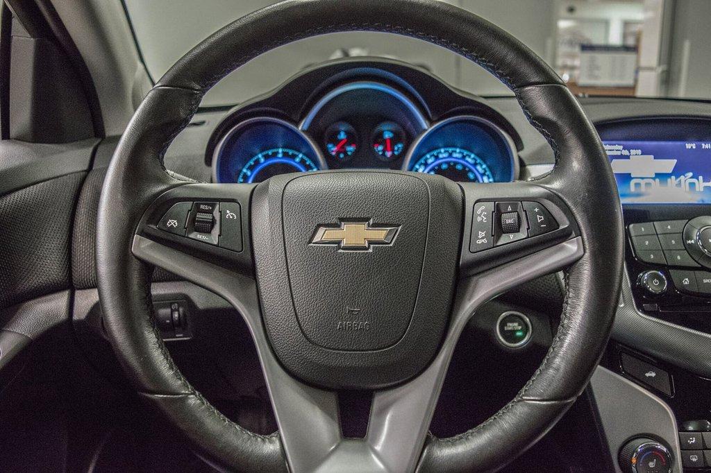 2016 Chevrolet Cruze 2LT ** CUIR ** TOIT ** CAMERA ** in Dollard-des-Ormeaux, Quebec - 14 - w1024h768px