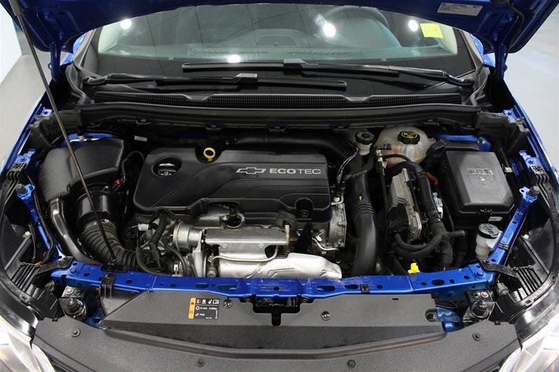 2017 Chevrolet Cruze LT - 6AT in Regina, Saskatchewan - 18 - w1024h768px