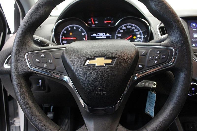 2019 Chevrolet Cruze LT - 6AT in Regina, Saskatchewan - 6 - w1024h768px