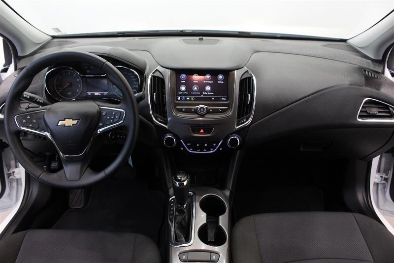 2019 Chevrolet Cruze LT - 6AT in Regina, Saskatchewan - 14 - w1024h768px