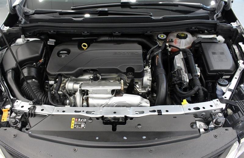 2019 Chevrolet Cruze LT - 6AT in Regina, Saskatchewan - 18 - w1024h768px