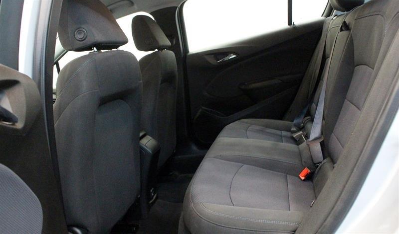 2019 Chevrolet Cruze LT - 6AT in Regina, Saskatchewan - 12 - w1024h768px