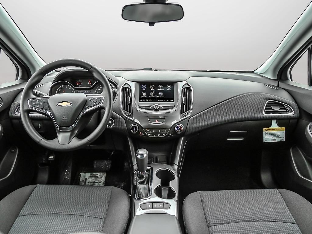 2019 Chevrolet Cruze LT in Dollard-des-Ormeaux, Quebec - 56 - w1024h768px