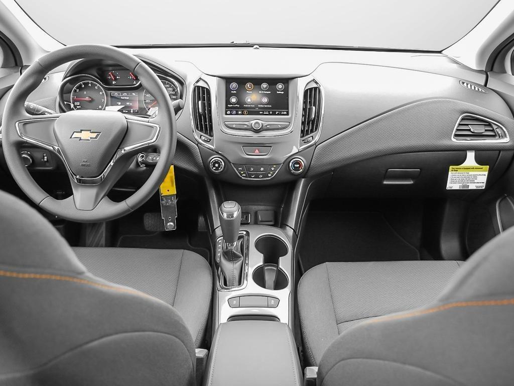 2019 Chevrolet Cruze LS in Dollard-des-Ormeaux, Quebec - 21 - w1024h768px