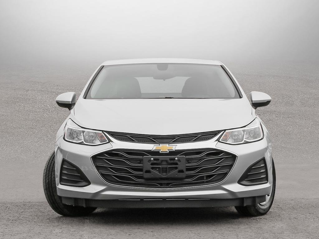 2019 Chevrolet Cruze LS in Dollard-des-Ormeaux, Quebec - 2 - w1024h768px