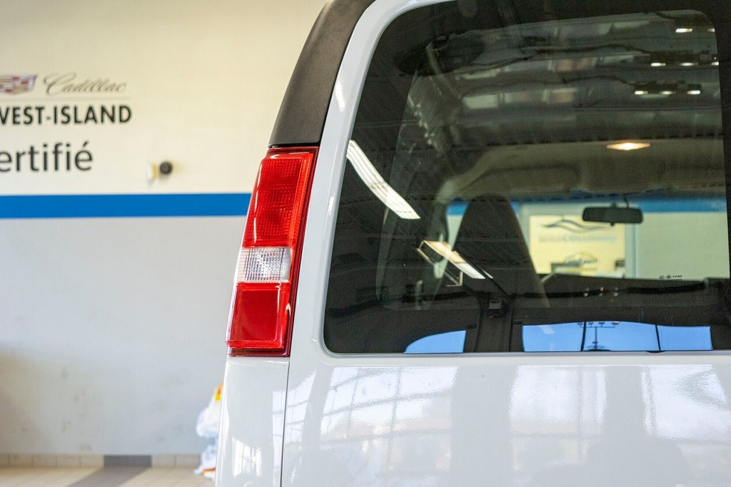 2019 Chevrolet Express 2500 CAMERA RECULE in Dollard-des-Ormeaux, Quebec - 9 - w1024h768px