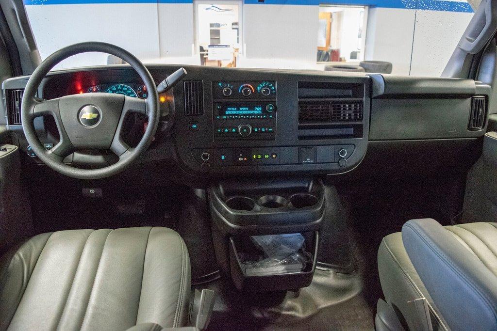 2019 Chevrolet Express 2500 CAMERA RECULE in Dollard-des-Ormeaux, Quebec - 18 - w1024h768px