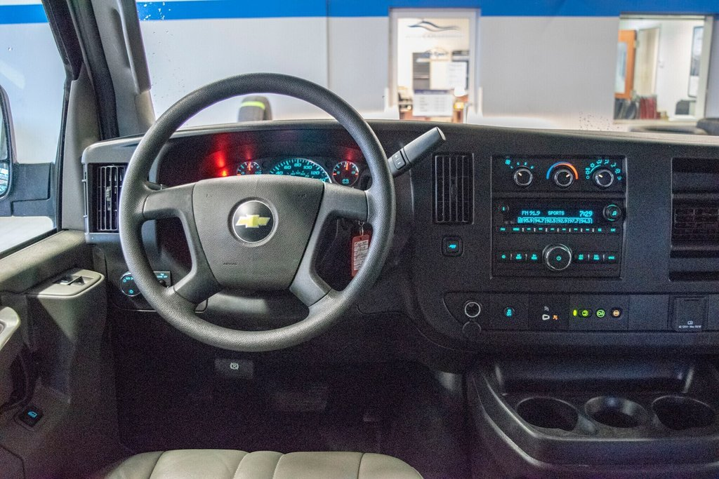 2019 Chevrolet Express 2500 CAMERA ** AC ** in Dollard-des-Ormeaux, Quebec - 18 - w1024h768px