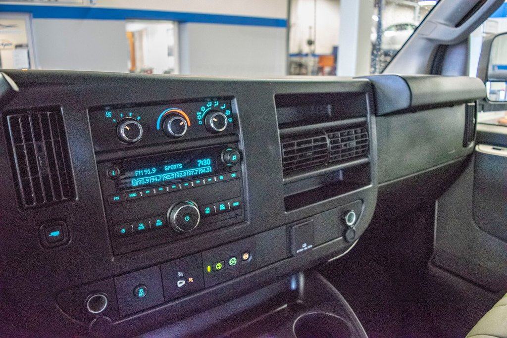 2019 Chevrolet Express 2500 CAMERA DE RECULE in Dollard-des-Ormeaux, Quebec - 20 - w1024h768px