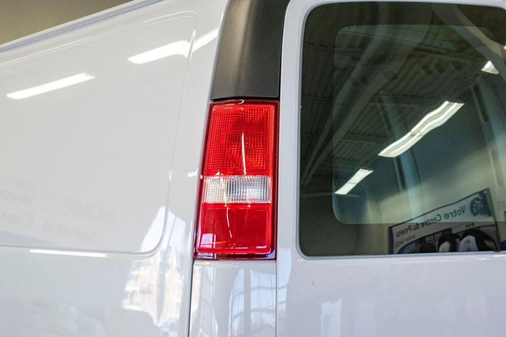 2019 Chevrolet Express 2500 CAMERA DE RECULE in Dollard-des-Ormeaux, Quebec - 13 - w1024h768px