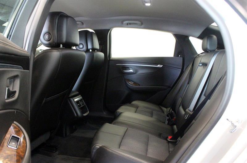 2014 Chevrolet Impala LT in Regina, Saskatchewan - 10 - w1024h768px