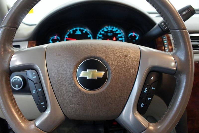 2012 Chevrolet Silverado 1500 LTZ Crew Cab Short Box 4WD 1SD in Regina, Saskatchewan - 6 - w1024h768px