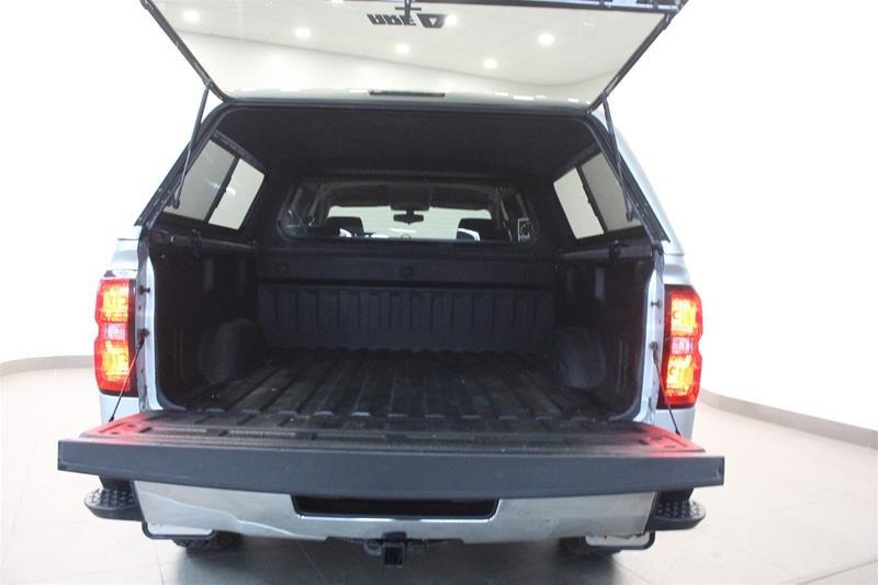 2017 Chevrolet Silverado 1500 Crew 4x4 LT / Short Box in Regina, Saskatchewan - 16 - w1024h768px