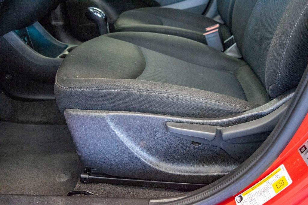 2018 Chevrolet Spark ** AUT ** CAMERA ** in Dollard-des-Ormeaux, Quebec - 28 - w1024h768px