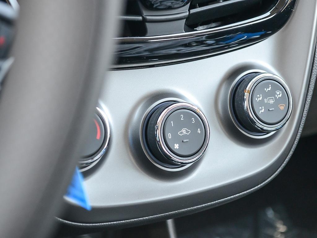 2019 Chevrolet Spark LT in Dollard-des-Ormeaux, Quebec - 23 - w1024h768px