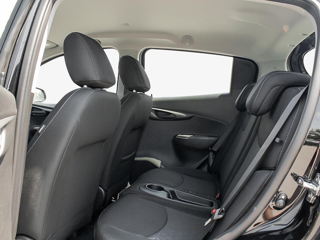 2019 Chevrolet Spark LT in Dollard-des-Ormeaux, Quebec - 21 - w1024h768px
