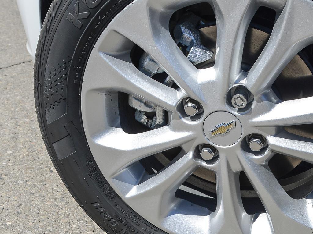2019 Chevrolet Spark LT in Dollard-des-Ormeaux, Quebec - 8 - w1024h768px