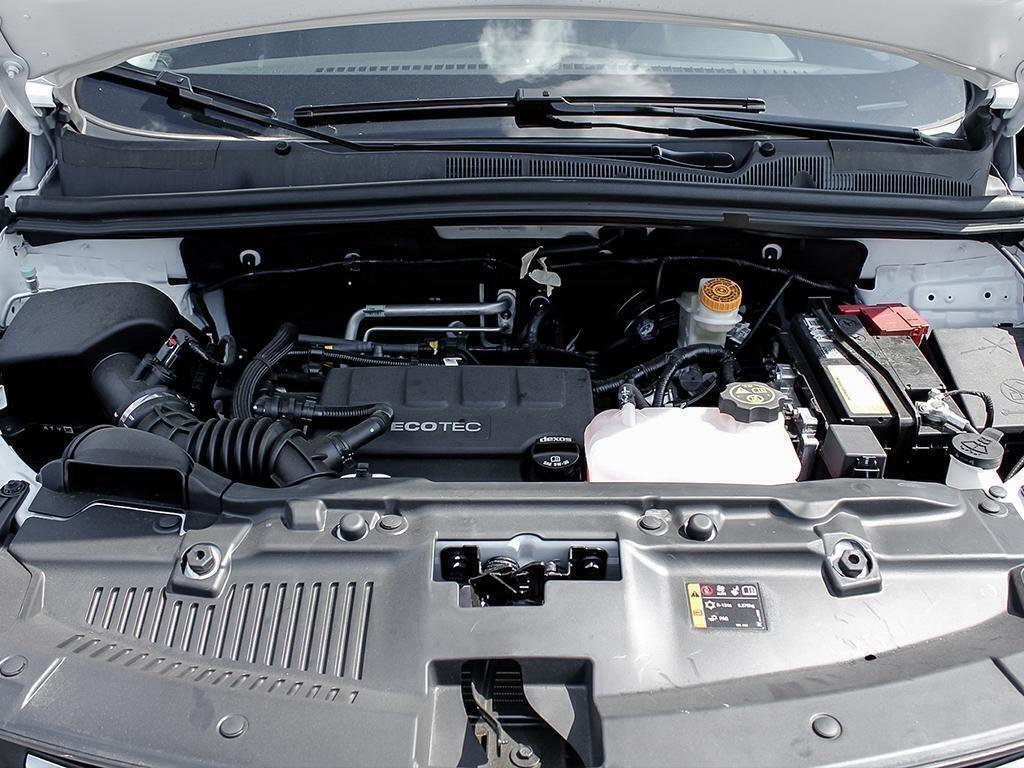 2019 Chevrolet Trax LS in Dollard-des-Ormeaux, Quebec - 6 - w1024h768px