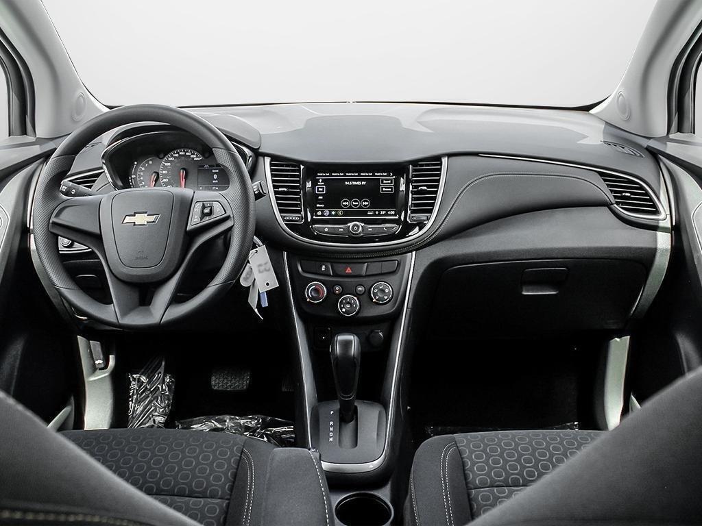 2019 Chevrolet Trax LS in Dollard-des-Ormeaux, Quebec - 22 - w1024h768px