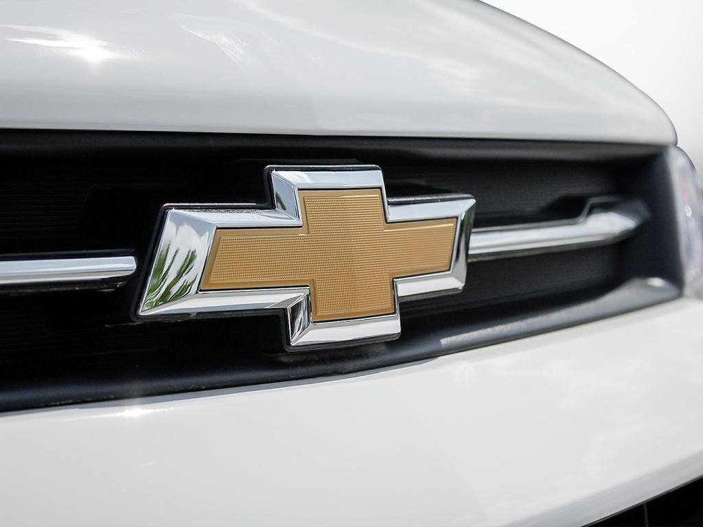 2019 Chevrolet Trax LS in Dollard-des-Ormeaux, Quebec - 9 - w1024h768px