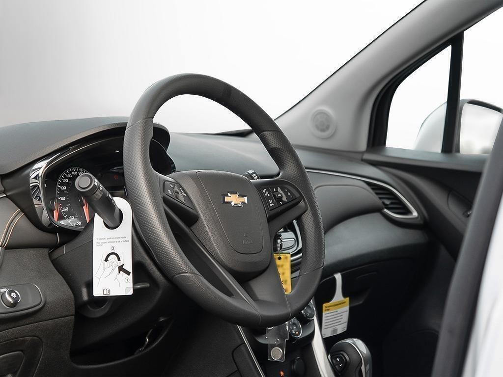 2019 Chevrolet Trax LT in Dollard-des-Ormeaux, Quebec - 12 - w1024h768px