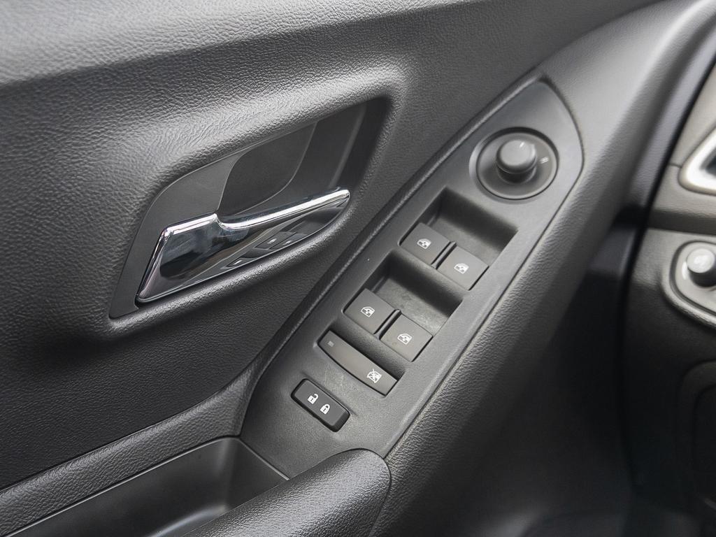 2019 Chevrolet Trax LT in Dollard-des-Ormeaux, Quebec - 16 - w1024h768px