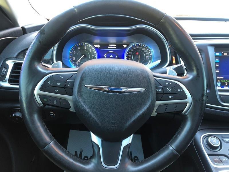 2015 Chrysler 200 C in Mississauga, Ontario - 8 - w1024h768px
