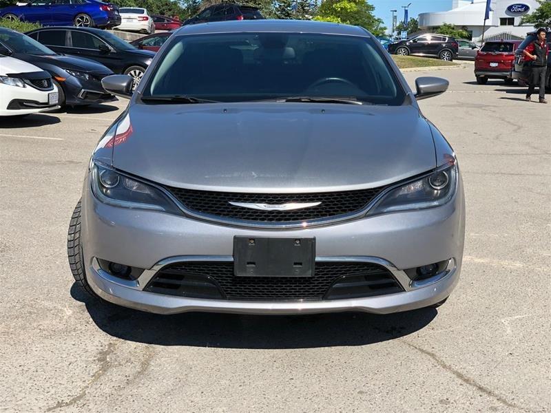 2015 Chrysler 200 C in Mississauga, Ontario - 2 - w1024h768px