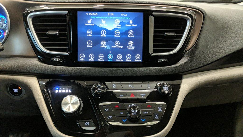 2018 Chrysler Pacifica Touring L in Regina, Saskatchewan - 8 - w1024h768px