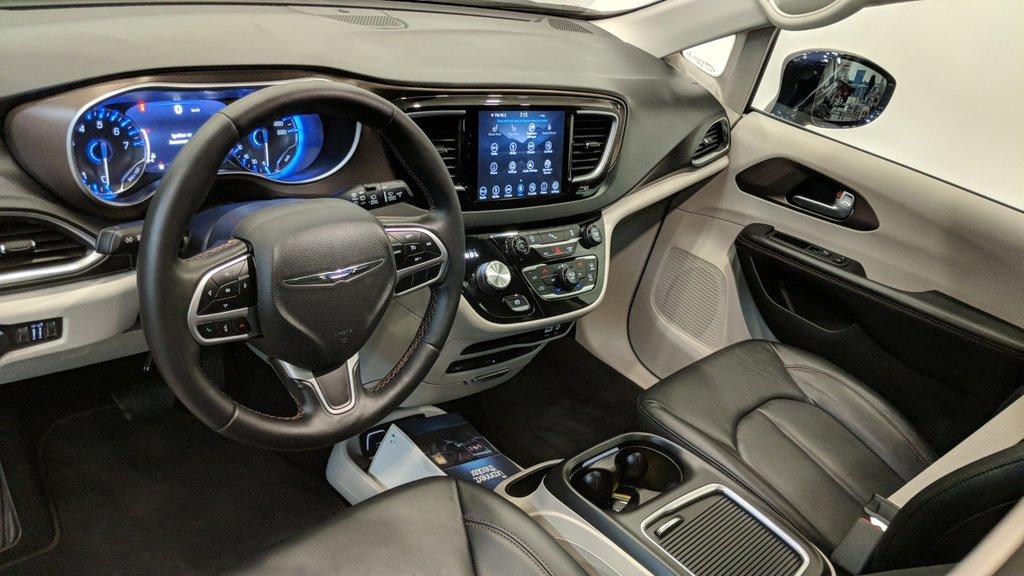 2018 Chrysler Pacifica Touring L in Regina, Saskatchewan - 11 - w1024h768px