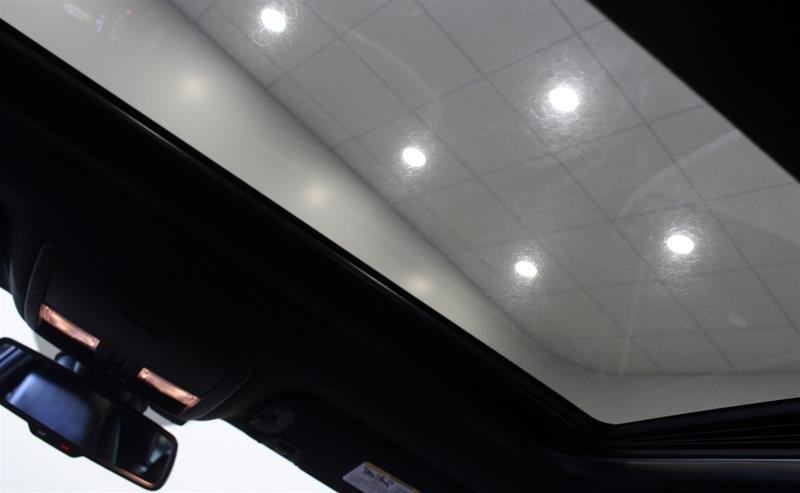 2018 Dodge Challenger SXT in Regina, Saskatchewan - 16 - w1024h768px