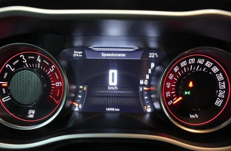 2018 Dodge Challenger SXT in Regina, Saskatchewan - 2 - w1024h768px