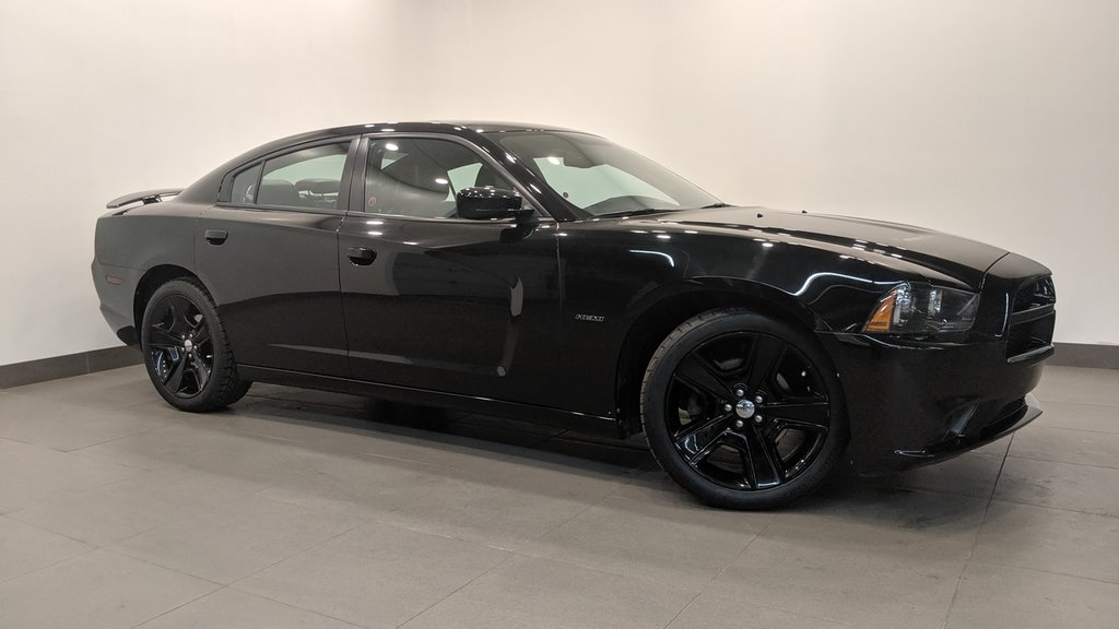 2011 Dodge Charger R/T in Regina, Saskatchewan - 1 - w1024h768px