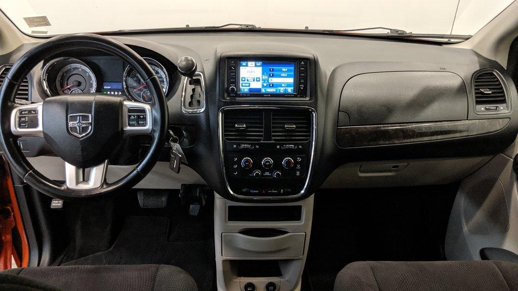 2011 Dodge Grand Caravan SXT Plus Sto N Go in Regina, Saskatchewan - 14 - w1024h768px