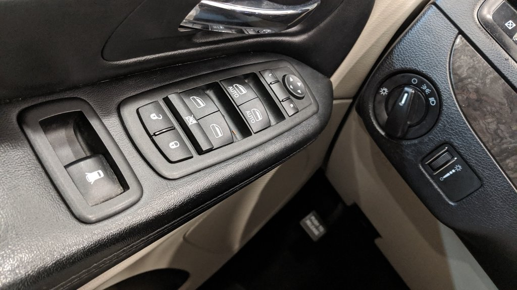 2011 Dodge Grand Caravan SXT Plus Sto N Go in Regina, Saskatchewan - 3 - w1024h768px