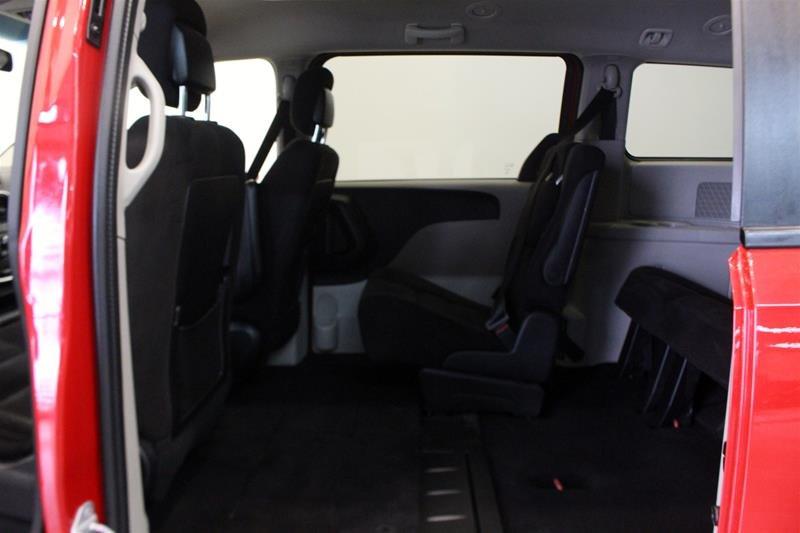 2014 Dodge Grand Caravan SE / SXT in Regina, Saskatchewan - 12 - w1024h768px
