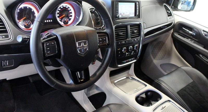 2018 Dodge Grand Caravan CVP / SXT in Regina, Saskatchewan - 9 - w1024h768px