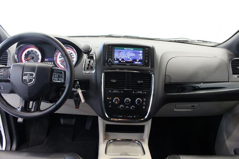2018 Dodge Grand Caravan CVP / SXT in Regina, Saskatchewan - 14 - w1024h768px