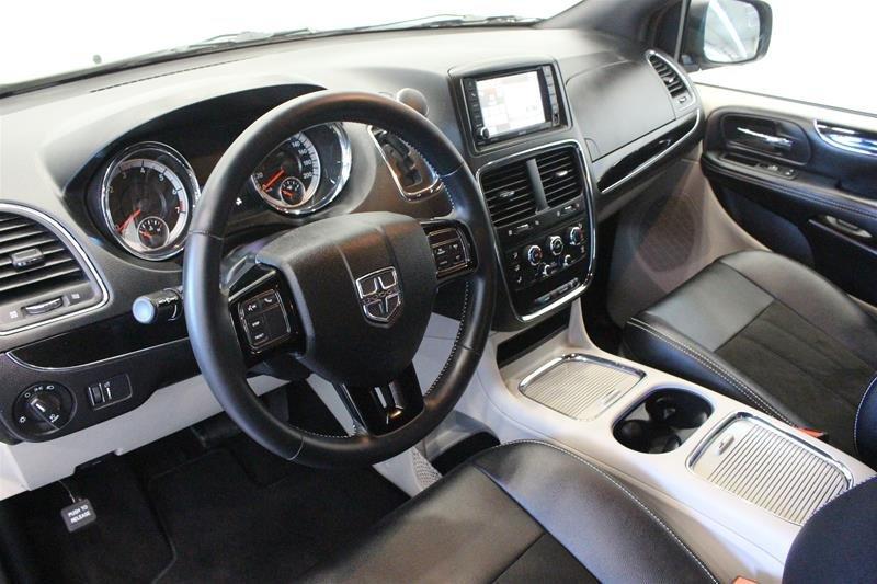 2019 Dodge Grand Caravan CVP / SXT in Regina, Saskatchewan - 9 - w1024h768px