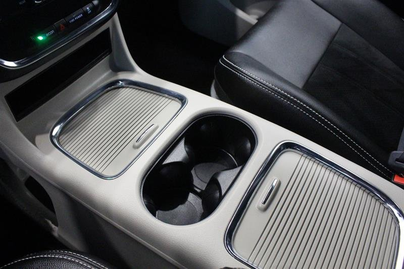2019 Dodge Grand Caravan Premium Plus Power Sliding Doors DVD in Regina, Saskatchewan - 4 - w1024h768px