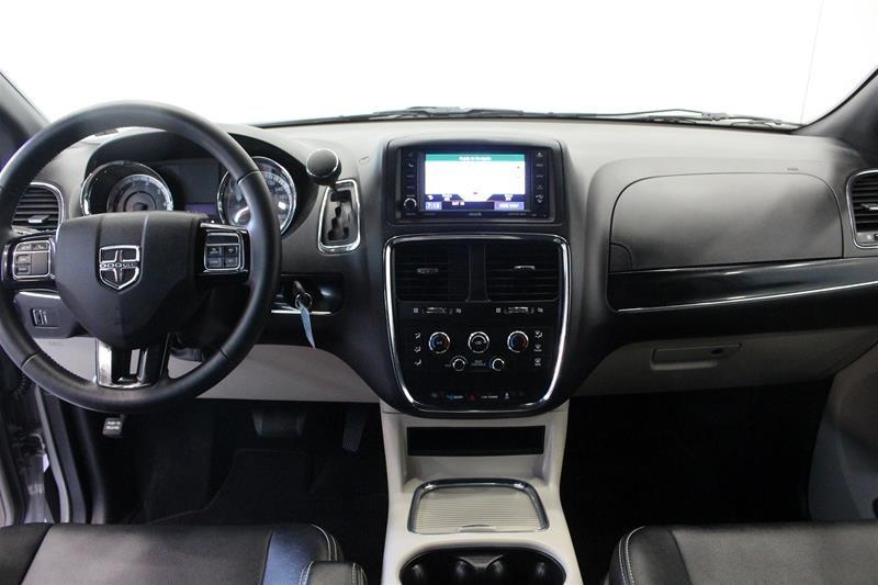 2019 Dodge Grand Caravan Premium Plus Power Sliding Doors DVD in Regina, Saskatchewan - 12 - w1024h768px